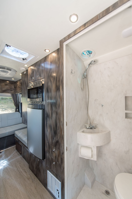 Van Oregon Coach Vans Custom Corian Shower Countertops Luxury Camper