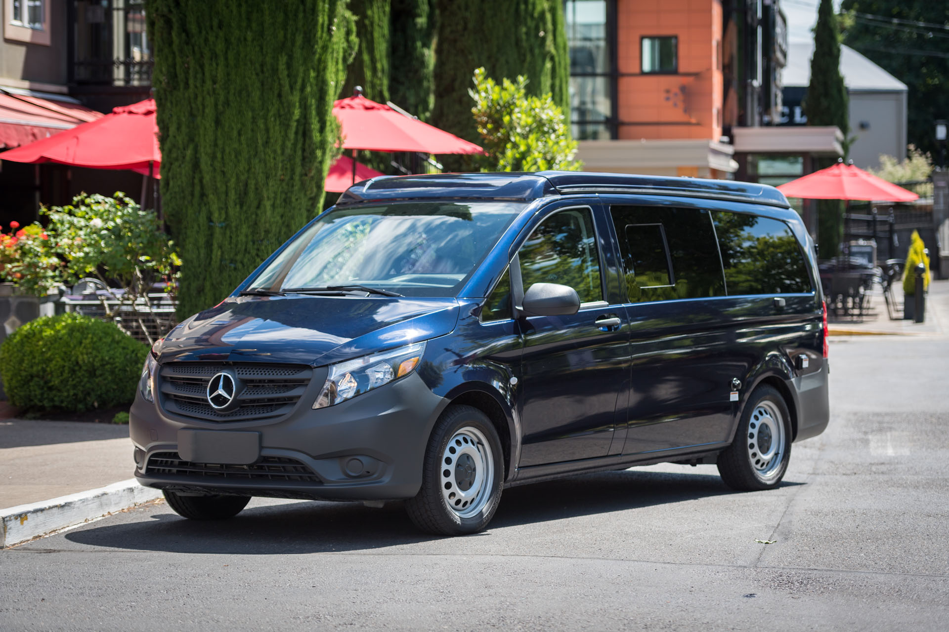 Luxury Vans: Mercedes Benz Camper Van Oregon